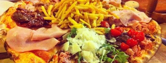 Pizzeria Al Corso is one of Lugares guardados de Mehmet___75.