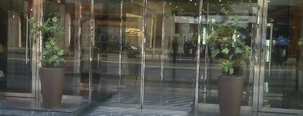 Hotel NH Collection Villa de Bilbao is one of สถานที่ที่ Miguel ถูกใจ.