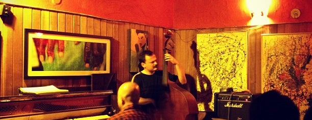 Teta Jazz Bar is one of Eu super recomendo - SP.