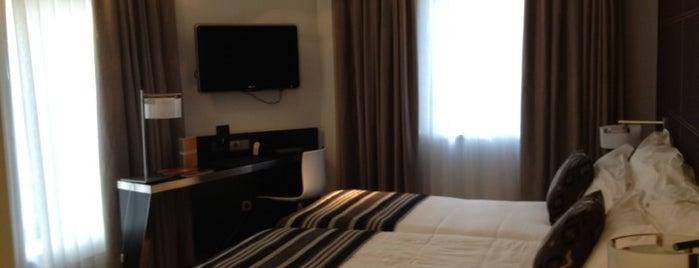 Hotel Inffinit Vigo is one of Tempat yang Disukai Francisco.