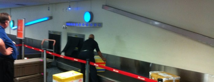 Baggage Claim is one of Aeroporto.
