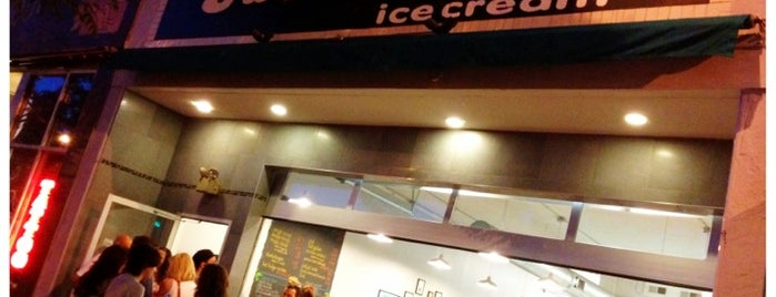 Sweet Action Ice Cream is one of Denver todos: DATE.