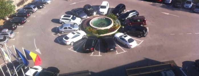 Hotel Vega is one of Posti che sono piaciuti a Y.Emre.