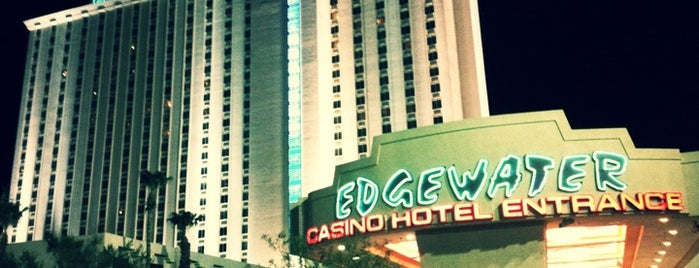 Edgewater Casino & Hotel is one of Dawnaさんのお気に入りスポット.