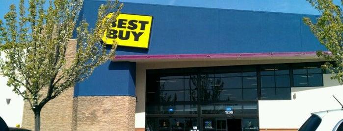 Best Buy is one of Matt : понравившиеся места.