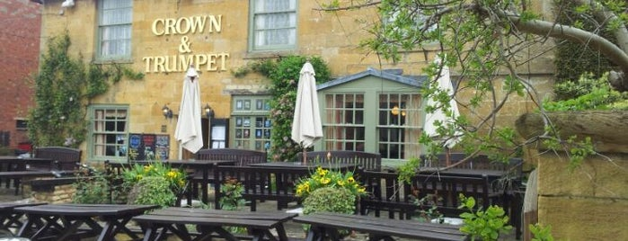 The Crown & Trumpet Inn is one of Lugares favoritos de O.