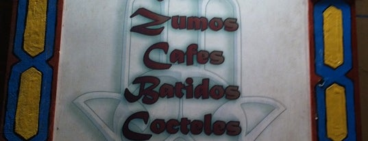 Ryad Cafe is one of Favoritos Madrid.