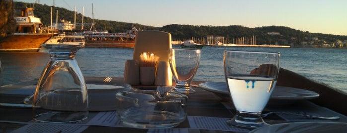 Ayvalık Canlı Balık Restaurant is one of Caner : понравившиеся места.