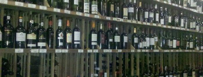 Bottles is one of Guide to San Juan's best spots.