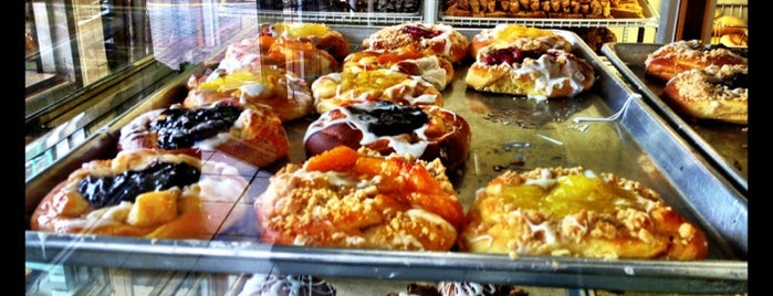 Del Ponte's Bakery is one of Jersey.