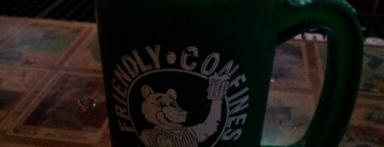 Friendly Confines is one of Drunk eats.