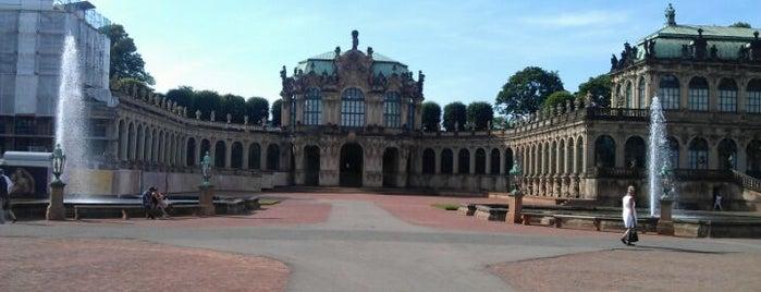 Dresdner Zwinger is one of 100 обекта - Германия.