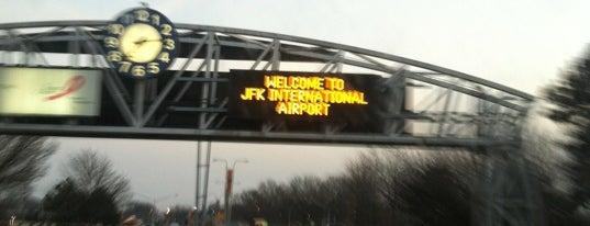 Международный аэропорт имени Джона Кеннеди (JFK) is one of Flyin' Around the Globe.