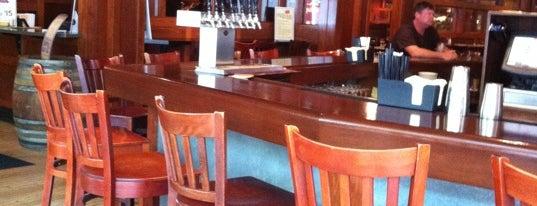 Iron Hill Brewery & Restaurant is one of Gespeicherte Orte von Kyle.