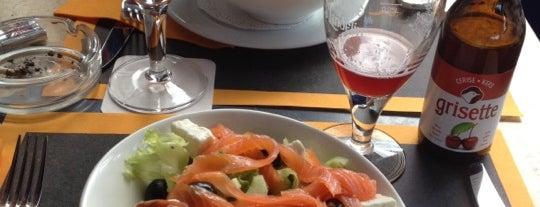 Le Bar Belge is one of Locais curtidos por Allison.