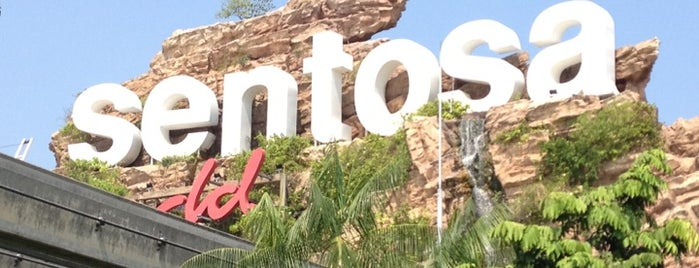 Sentosa Island is one of #myhints4Singapore.