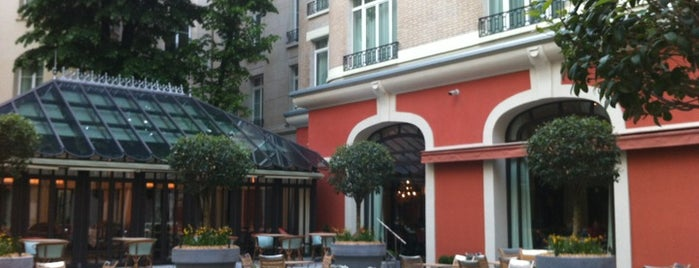 Hôtel Le Royal Monceau Raffles is one of Paris delights.