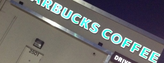 Starbucks is one of Lugares favoritos de stephanie.