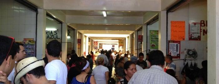 Mercado Juárez is one of Raquelさんのお気に入りスポット.
