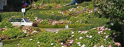 Lombard Street is one of Recommendations in San Francisco.