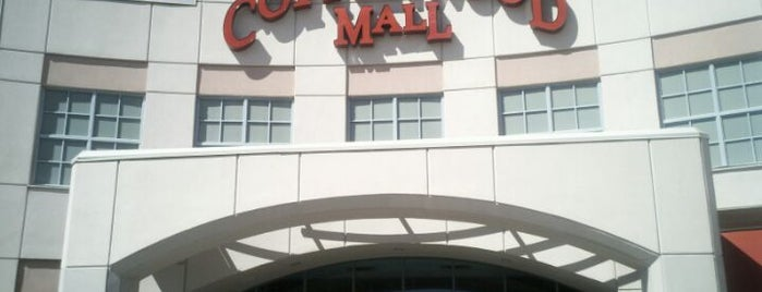 Cottonwood Mall is one of Tempat yang Disukai Estevan.