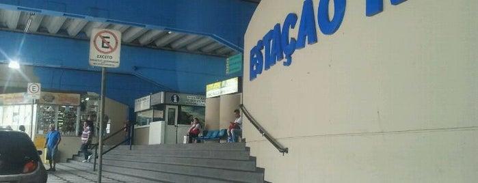 Terminal Rodoviário de Santos is one of Lieux qui ont plu à Marcelo.