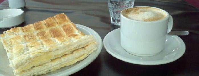 La Recoleta de Haedo is one of สถานที่ที่ Gaba ถูกใจ.