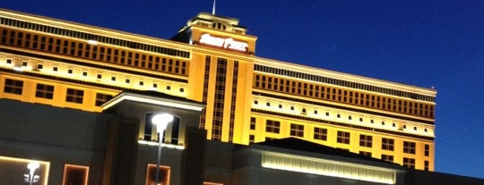 South Point Hotel & Casino is one of Vegas Bound Bitches 13'.