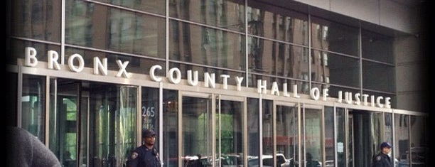 Bronx County Hall Of Justice is one of Bronx Museum Spots.
