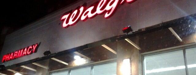 Walgreens is one of Orte, die Yunus gefallen.