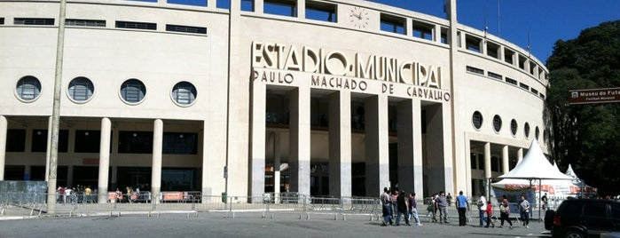 Estádio Municipal Paulo Machado de Carvalho (Pacaembu) is one of Vale uma Foto.
