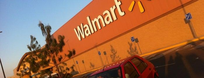 Walmart is one of สถานที่ที่ Joaquin ถูกใจ.