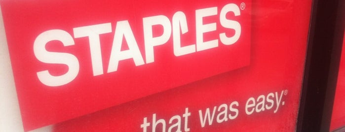 Staples is one of Lugares guardados de Fatou.