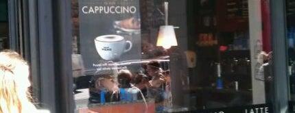 Caffè Nero is one of Chris 님이 좋아한 장소.