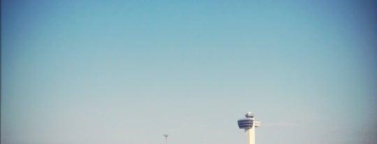 ท่าอากาศยานนานาชาติจอห์น เอฟ. เคนเนดี (JFK) is one of AIRPORT.