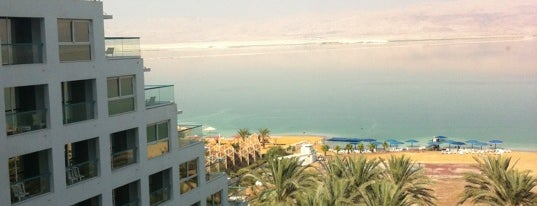 Isrotel Dead Sea Hotel is one of Tempat yang Disukai Julia.