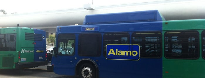 Alamo Rent A Car is one of Locais curtidos por Danny.