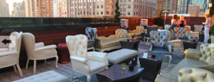 XVI Lounge NYC is one of rooftop/outdoor drinking..