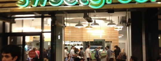 sweetgreen is one of Lugares favoritos de Nadia.