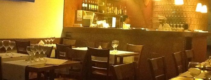 La Pizza is one of Tempat yang Disimpan Lili.