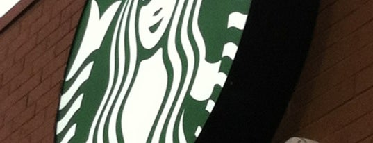Starbucks is one of สถานที่ที่ Raul ถูกใจ.