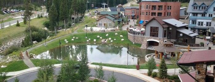 Zephyr Mountain Lodge is one of Lugares favoritos de Andrea.