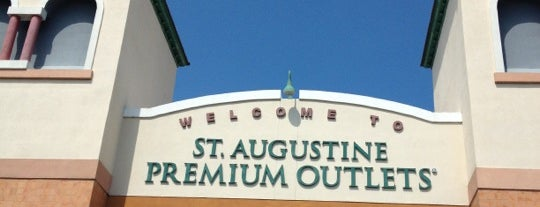 St. Augustine Premium Outlets is one of LUGARES VISITADOS.
