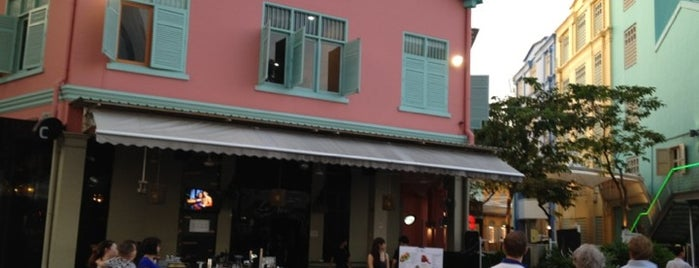 Le Noir is one of Singapore: business while travelling part 3.
