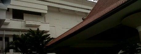Dinas Kesehatan Provinsi Jawa Timur is one of Government of Surabaya and East Java.