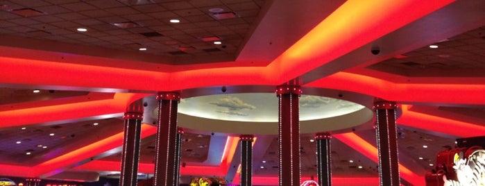 Desert Diamond Casino is one of Lugares favoritos de Jessica.