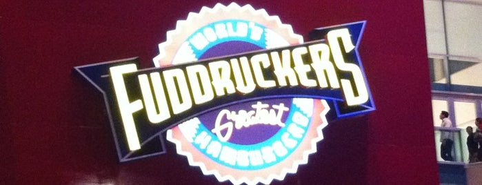 Fuddruckers is one of Locais curtidos por Bob.
