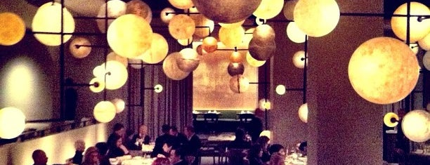 Pump Room is one of Chitown Selects.