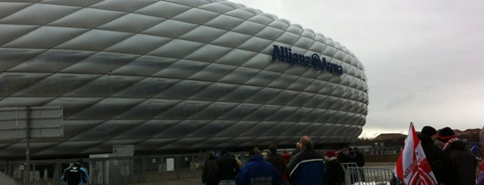 Allianz Arena is one of Munich Loves U #4sqCities.