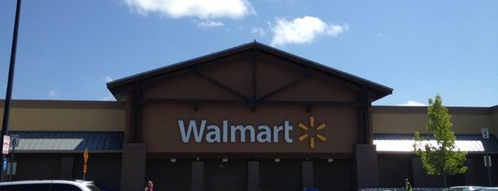 Walmart Supercenter is one of Lieux qui ont plu à Timothy.